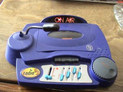 Primer Emisor, con el que comenzamos las emisiones de RtvTanos
